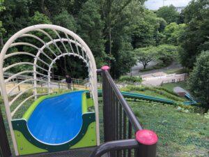 芹が谷公園滑り台