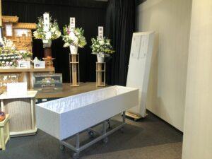 町田ファミリーホールの棺